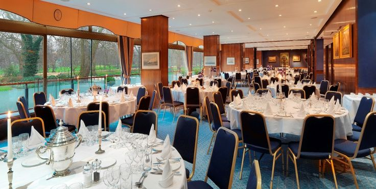 Coffee Room: our largest room with fabulous views over Hyde Park with capacity for up to 104 for lunch or dinner. Can be combined with the Mountbatten Suite to provide space for up to 174 dining or 220 for standing receptions.