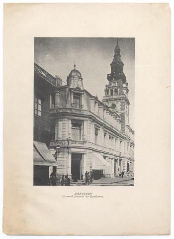 Cuartel General de Bomberos de Santiago entre los años 1890-1900 Archivo Cenfoto.