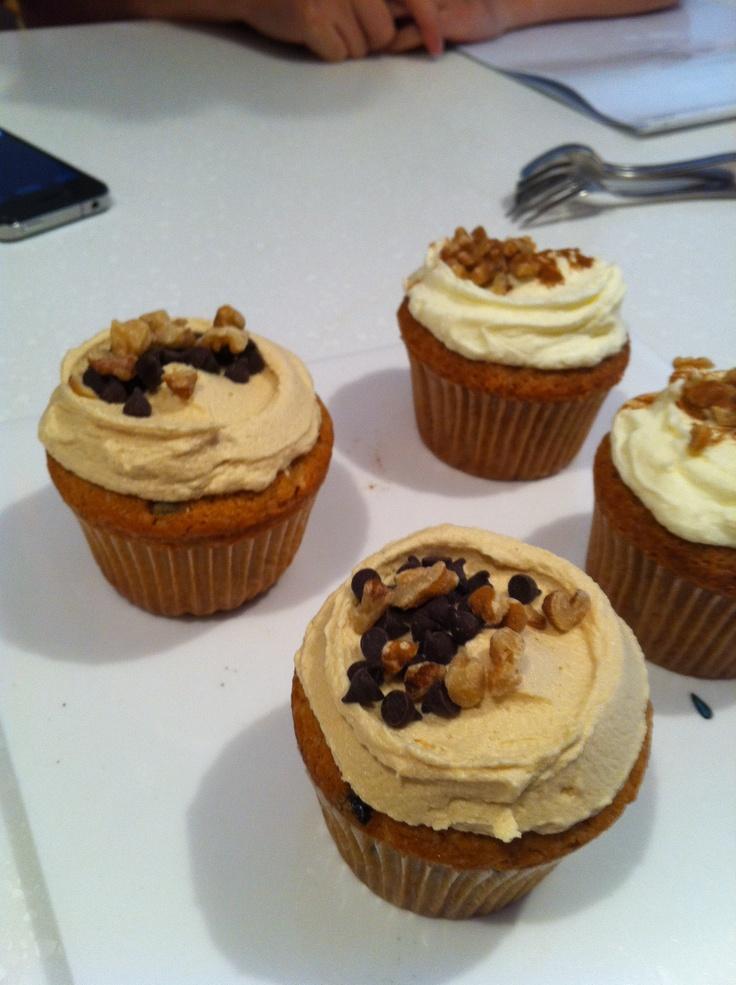 Peanut butter cupcake & Carrot creamchesse cupcake~ by Jennifer