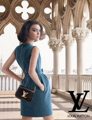 """Louis Vuitton """"L'invitation au voyage"""" Campaign"""