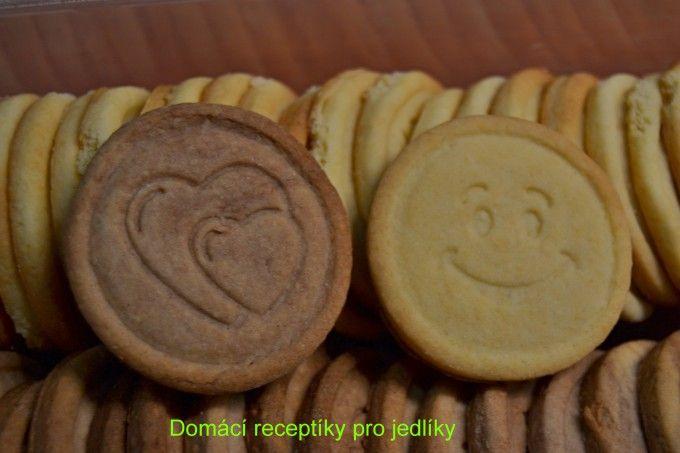 Domácí máslové sušenky | NejRecept.cz