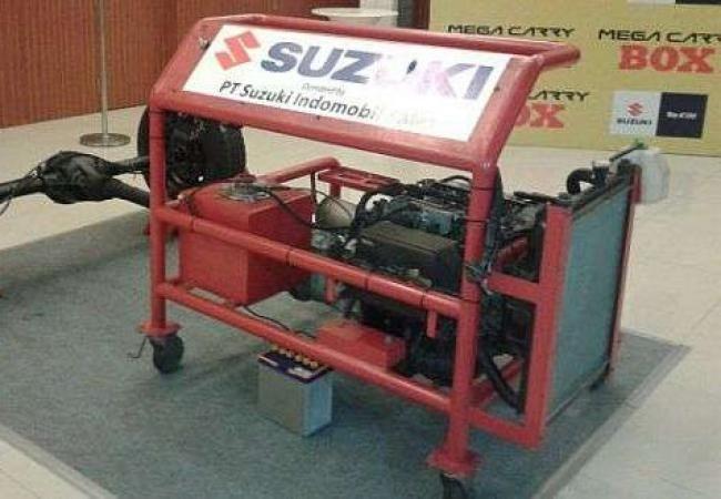 Suzuki Sumbangkan Mesin Suzuki Mega Carry Ke SMKN 3 Tasikmalaya - Vivaoto.com - Majalah Otomotif Online