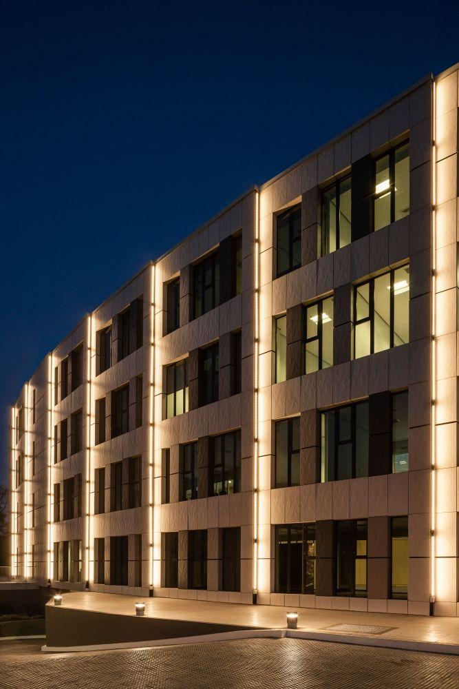 Exterior facade lighting lighting ideas for Exterior facade ideas