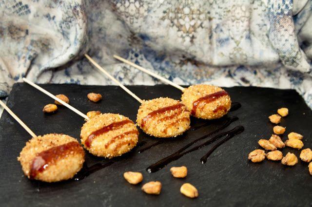Piruletas de Mini Babybel y kikos   Cosy & Chef
