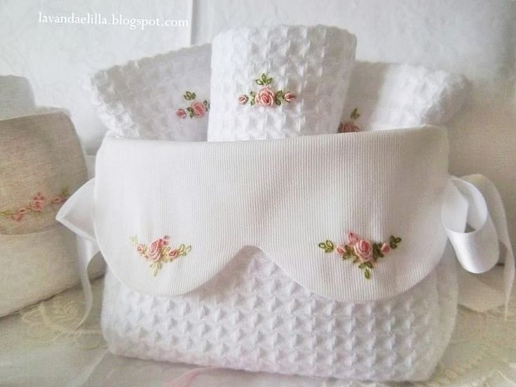 Broderie point de roses
