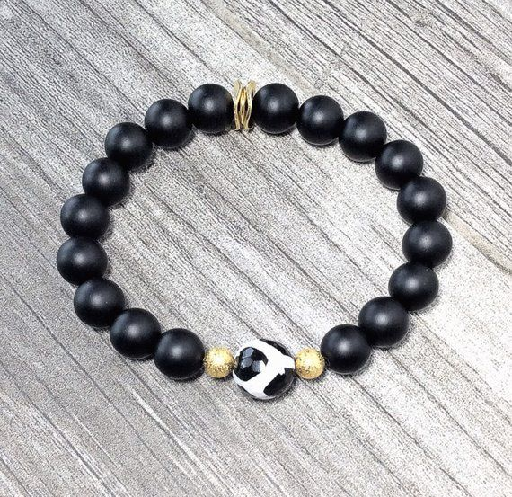 Black White Tibetan Giraffe Dzi Agate Gemstone Bracelet Etsy Gemstone Bracelet Black Onyx Bracelet Beaded Bracelets