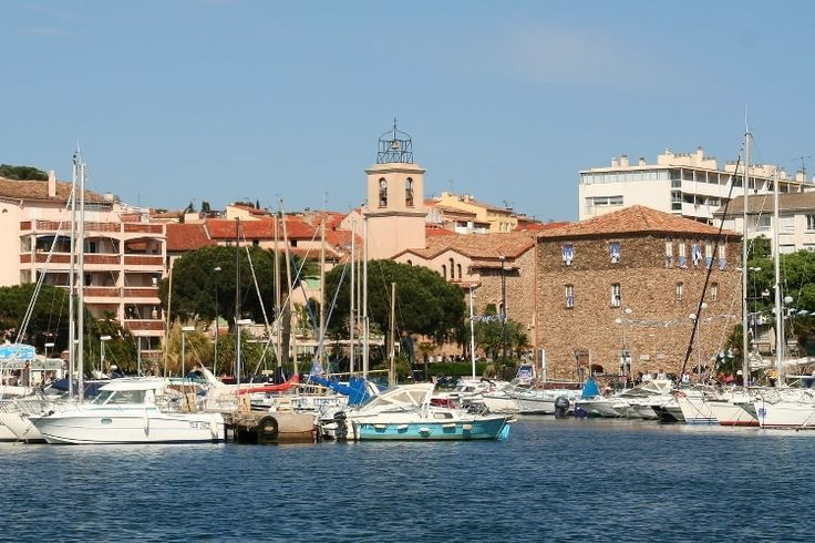 A Sainte-Maxime, à l'abri du mistral : Un été sur la Côte d'Azur