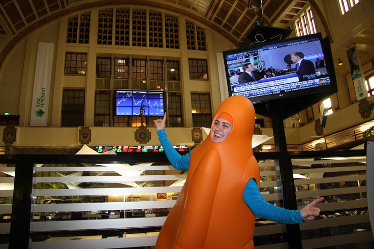 OLA celebrates the 50th anniversary of Raket popsicle on June 21, 2012. The Raket (rocket) popsicle has been ice cream producer OLA's bestselling product ever since its introduction in 1962 (photo by NYSE Euronext)