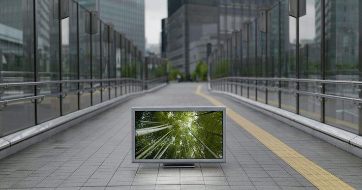 Mi nuevo TV LG hace un zumbido. Cuando compras un TV nuevo, con lo último que quieres lidiar es con problemas de audio como los zumbidos, los cuales pueden perjudicar la salida de sonido de tu TV LG y ser molesto. Los zumbidos son generados por problemas como conexiones de audio inadecuadas que conducen a la retroalimentación de artefactos eléctricos alrededor del TV y por ...