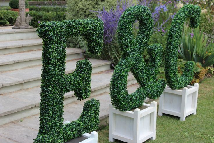 Giant topiary wedding letters from www.propfactory.co.uk/listing