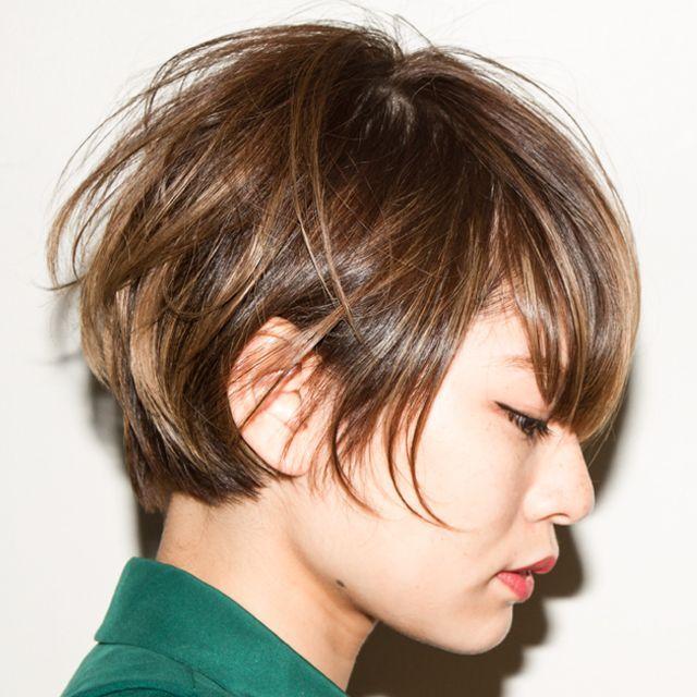 髪の毛傷めずに外国人風カラー?ハイライトでつくる透明感たっぷりヘア|MERY [メリー]