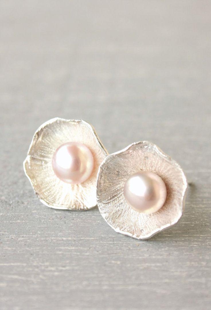 Light Pink Pearl stud earrings / romantic pearl earrings / pink pearl earrings / Wedding fine silver Handmade