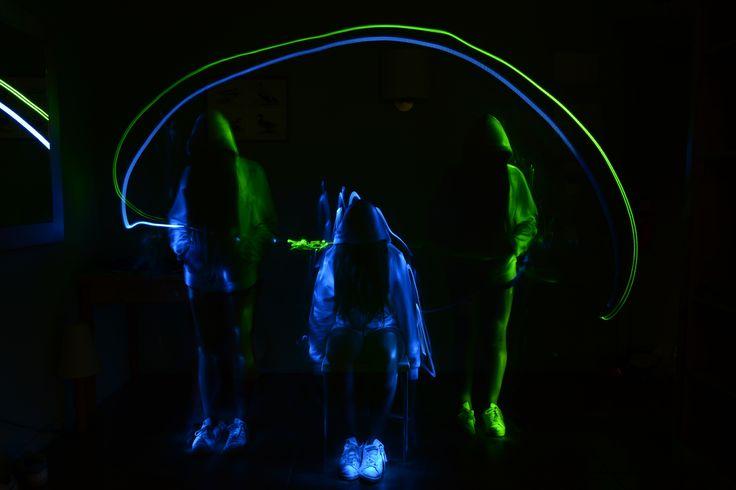 Light Painting.   Actividad de MAX CAMP      MAX CAMPS: Campamento de verano en inglés, con actividades de todo tipo, y programas específicos.    #WeLoveBS #inglés #anglès #Francés #EspañolParaExtranjeros #idiomas #Colonias  #Colonies #Campamento #Camp #Niños #Verano #english