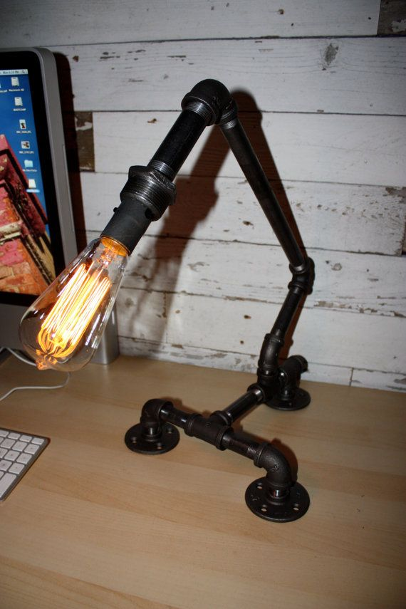 17 best images about diy ideas on pinterest industrial for Gas pipe desk lamp