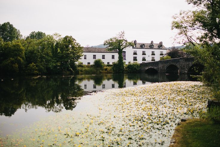 Swan Hotel wedding photographer, Newby Bridge : Róisín and Graham » John Hope Photography
