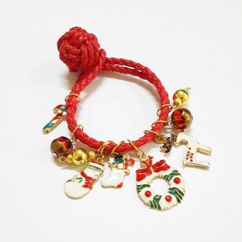 Red xmas leather bracelet