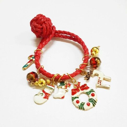 Red xmas leather bracelet