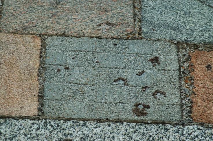 Chessboard pattern on Ølst Church
