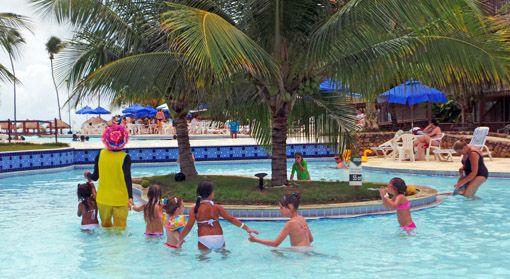 Salinas de Maceió Veja comoé passar uns dias nesse resort! http://www.ajanelalaranja.com/2014/02/salinas-maceio-crianca.html