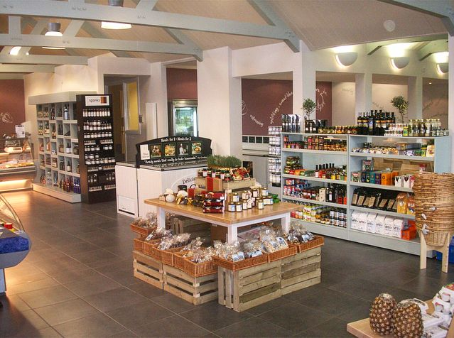 Retail display for reglan farm shop make the most out of your retail space shop fittings fruit and veg deli