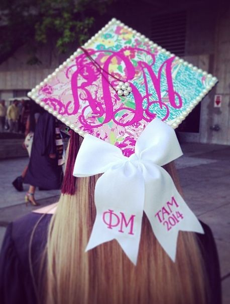 picture perfect ΦM grad cap ❥ if my school would let me decorate our graduation cap this how I would do mine @alliemartinez15 :) it's cute to bad I heard we can't lol :D