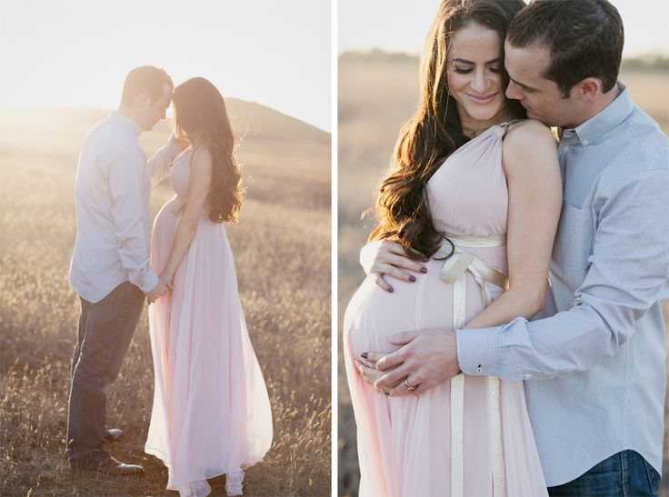 maternity shoot idea http://www.lipstickandruffles.com/2013/11/maternity-photos.html