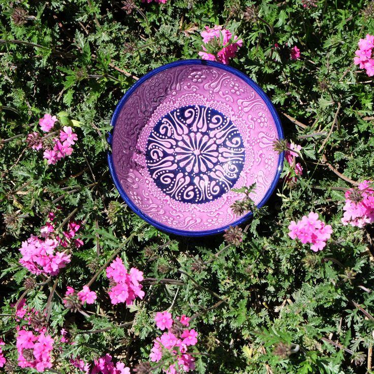 Encore un peu de soleil et d'été avec le bol décoratif Tolga ! #ceramics #ceramique #handmade #bohodecor