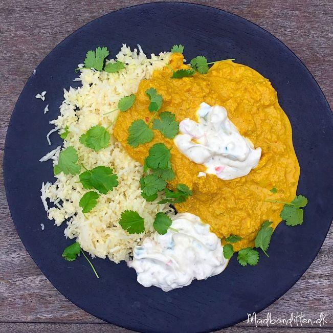 Lækreste opskrift på chicken tikka masala med raitadressing --> madbanditten.dk