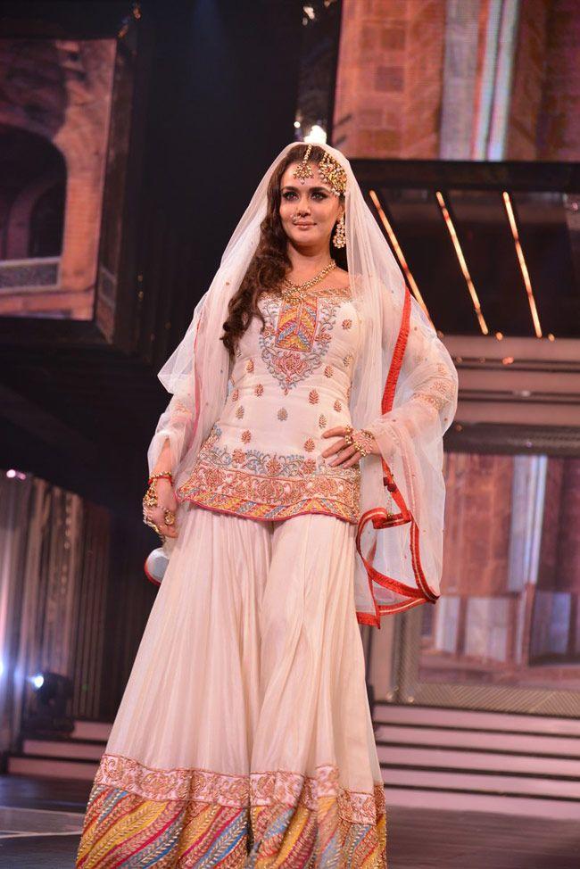 Preity Zinta in gorgeous Sharara Ensemble with Kundan ...