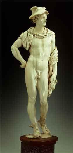Мастерская П.П.Рубенса. Фигура Меркурия. Ок. 1639. Слоновая кость, порфир, резьба. ГЭ