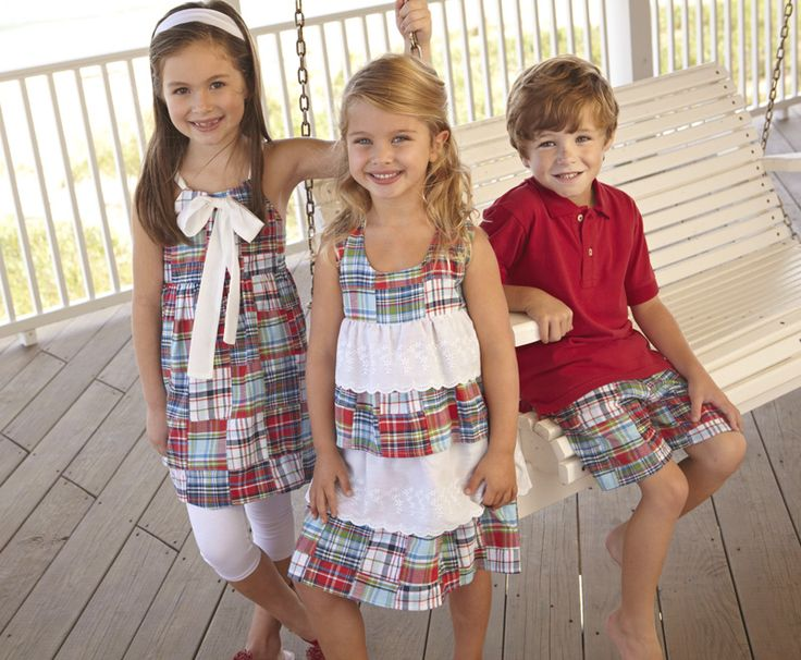 Patriotic sibling clothes- I've always wanted to make my kids cute outfits for the 4th of July. These are cute.