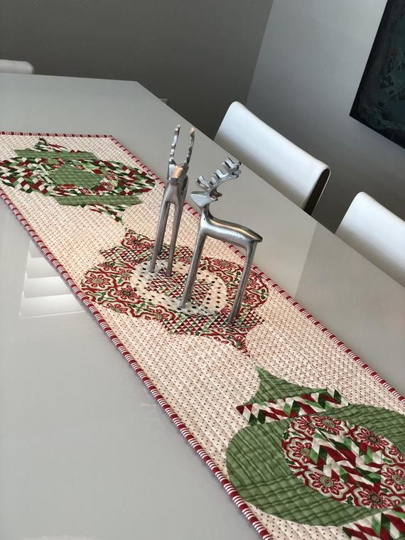 Modern One Of A Kind Table Runner In Beautiful Holiday Colors Of Red And Green This S Holiday Table Runner Christmas Table Runner Modern Table Runners Quilted