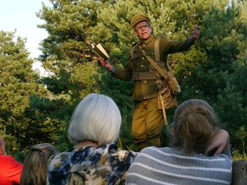 Simcoe County Museum event highlights Great War - Paul Rollinson talks about life in the trenches during Tuesday's Museum After Hours event at the Simcoe County Museum in Midhurst.