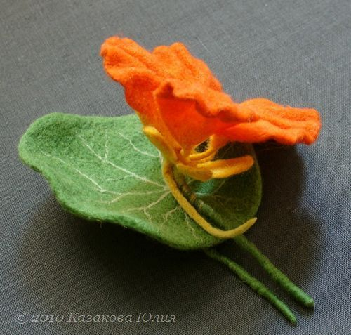 Мастер-класс по валянию Войлочные цветы лилия и мак! Мастер: Ковылина Анна