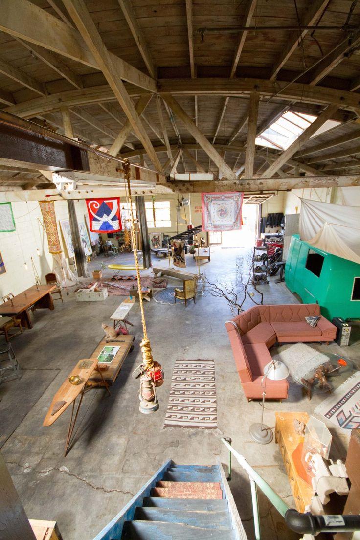 Justin's Warehouse Acropolis | Apartment Therapy
