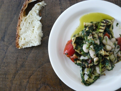 Cannellini beans, grilled zucchine, tomatoes with a very very green basil dressing.