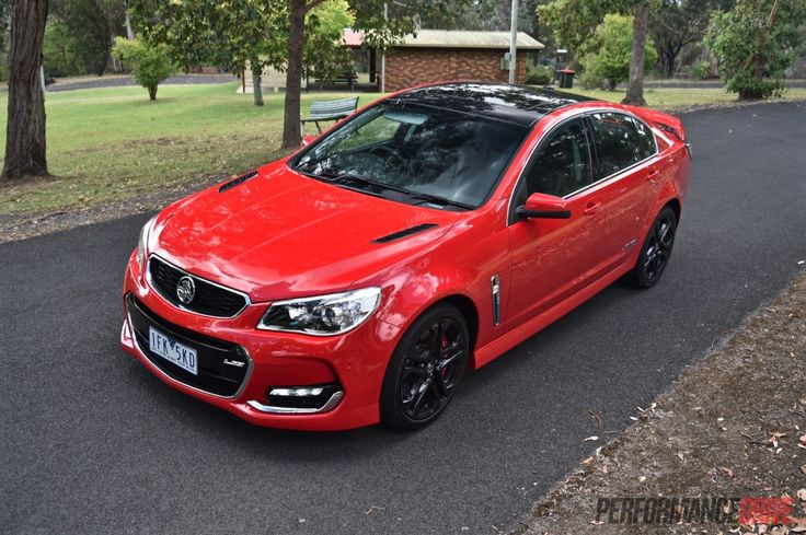 2016 Holden VFII Commodore SS V Redline Save image