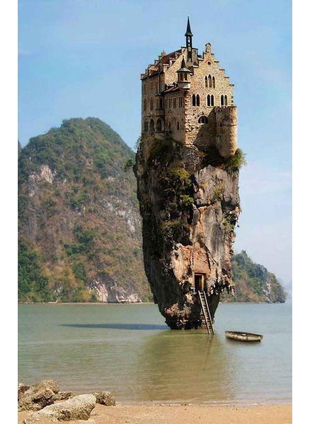 嘘か真か? お城一個分の島 in アイルランド   roomie(ルーミー)