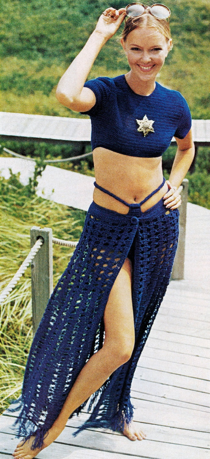 1970s Crochet Pattern Sexy Sarong Skirt Hip Hugger & Midriff Crop Top