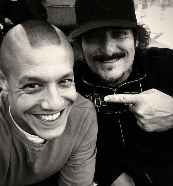 Juice & Tigs // Sons Of Anarchy, great tv, cute guys, pointing fingers, smily faces, photo b/w.
