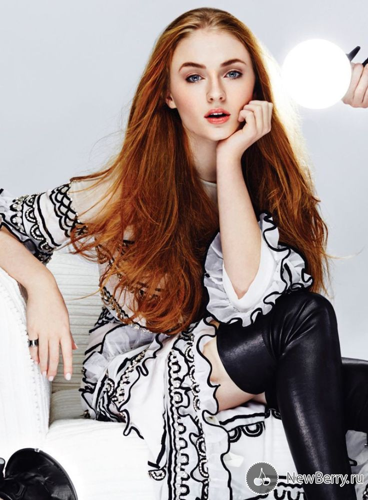 British actress Sophie Turner (Sophie Turner) in a photo shoot Photographer: Rachell Smith Stylist: Nisha Grewal