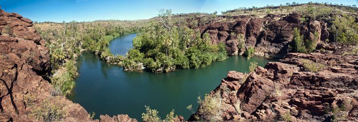 https://flic.kr/p/rB6mJi | lawn hill gorge | An oasis in the outback Eroding since the ocean retreated 490 million years ago.