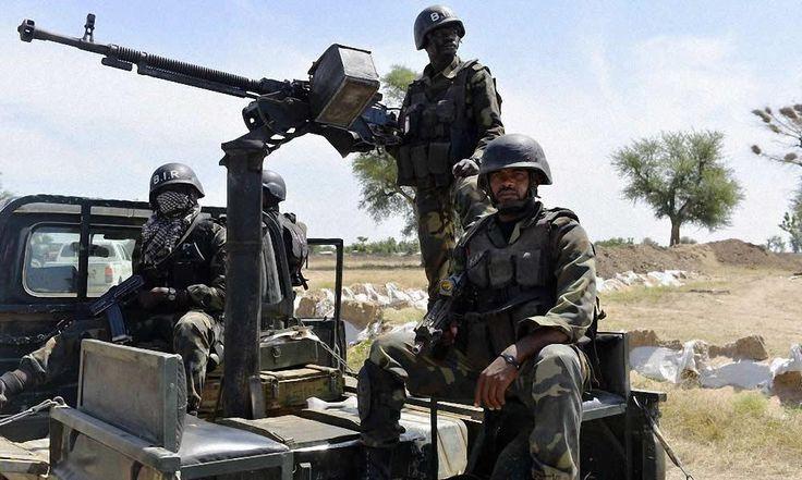 Lutte contre Boko Haram: Washington offre 160 de matériel militaire au Cameroun - http://www.camerpost.com/lutte-contre-boko-haram-washington-offre-160-de-materiel-militaire-au-cameroun/?utm_source=PN&utm_medium=CAMER+POST&utm_campaign=SNAP%2Bfrom%2BCAMERPOST
