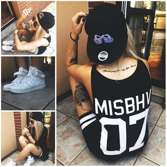 H&M Snapback, Nike Air Force, Misbhv Dress