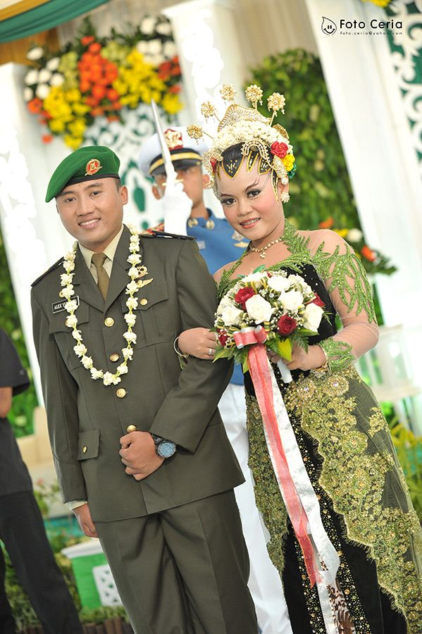 5 Oktober lalu TNI kita Ulang Tahun ke-68, Dirgahayu Tentara Nasional Indonesia ^^ .  Phone: 0857 0111 1819 . YM & email: foto.ceria@yahoo.com . PIN BB: 2 5 B 3 E 6 8 7 . Facebook: Foto Ceria . LINE & Instagram: fotoceria . Twitter: @Foto Ceria . Website: www.fotoceria.com  . fotoceria prewedding couple pernikahan perkawinan menikah pengantin foto fotografer weddingphotographer Yogyakarta Jogja love happy romantic smile ceria DigahayuTNI HUTTNI TNI ulangtahun CeriaLovers SharePict