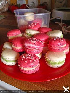 Macarons, ein gutes Rezept aus der Kategorie Kekse & Plätzchen. Bewertungen: 24. Durchschnitt: Ø 4,4.