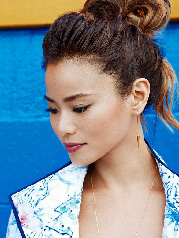 Love the easy 'do!  4 Awesome Summer Outfits Styled By Jamie Chung via @WhoWhatWear