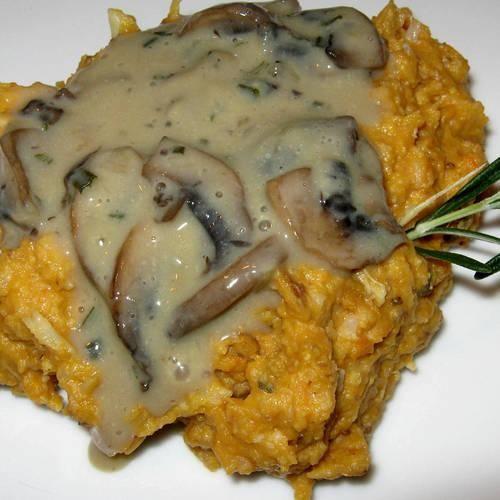 ... Rosemary Mushroom Gravy | Made Just Right by Earth Balance #vegan #