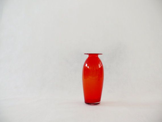 Art Glass Designed by Zbigniew Horbowy  made in Poland by Pracownia11, $60.00