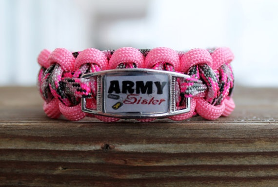 Army Sister Paracord Bracelet by Penstres on Etsy, $10.00